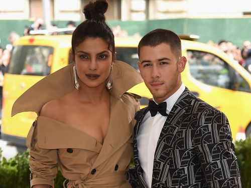 It looks like Priyanka Chopra has revealed her engagement ring from Nick Jonas - and it's stunning