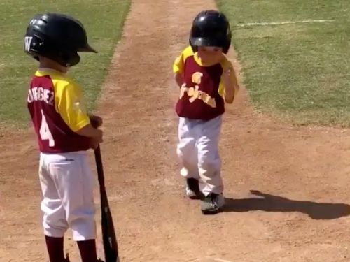 This little league player's coach told him to run home 'as fast as he can' and what he did instead will make you laugh out loud