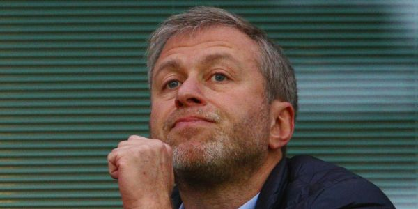 The billionaire owner of Chelsea reportedly lost his UK visa, and it might be because of his ties to Putin