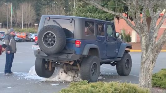 Mall Crawling Just Got Too Real for This Poor Jeep