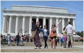 20.8 M domestic visitors in Washington DC last year, tourism hits record,$7.5 billion spent