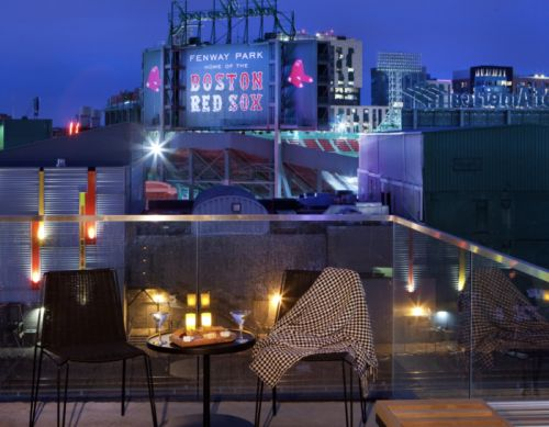 Hotel Commonwealth's Bucket-List Royal Rivalry Package