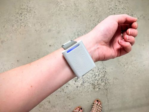 The Embr Wave is a wearable that helps you stay warm in freezing-cold offices, or cools your off when it's too hot - here's what it's like to use