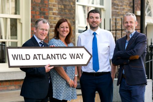 Tourism Minister Brendan Griffin briefed on Brexit by Tourism Ireland