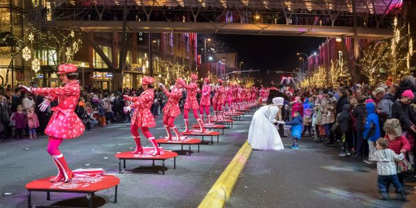 Northwest Traditions: A Guide to Holiday Fun in and Around Seattle