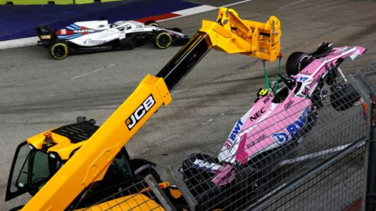 Lewis Hamilton Extends His Championship Lead at Singapore While Sergio Perez Becomes a Human Wrecking Ball