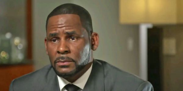 Gayle King explains MeToo to R. Kelly during interview about his many accusers