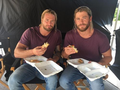 16 photos of on-screen superheroes and the real heroes - their stunt doubles