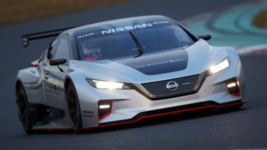 The New Nissan Leaf Nismo RC Electric Race Car Looks Frickin' Sweet