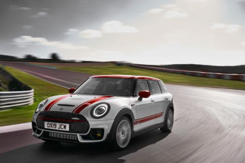 New 306 HP Mini Clubman and Countryman John Cooper Works Aim For Hot Hatch Greatness