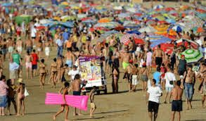 Spain receives 82.6 million foreign tourists last year