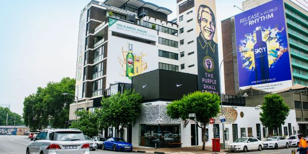 Celebrate Nelson Mandela's Legacy on a Mural Tour of Johannesburg