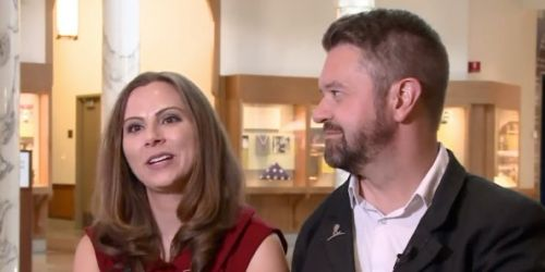25 years after meeting as patients, two cancer survivors wed at St. Jude's Hospital