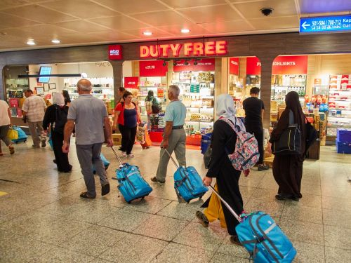Here's how airports trick you into spending money