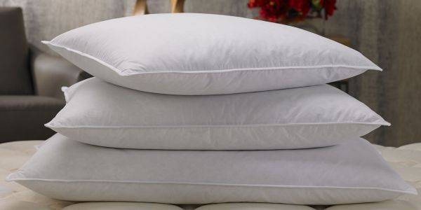 Picking the Pillow of Your Dreams for Home : How Fluffy Perfection is Born