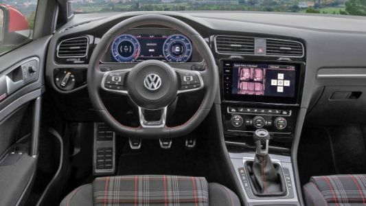 Comment of the Day: Yes or No to Flat-Bottom Steering Wheels?