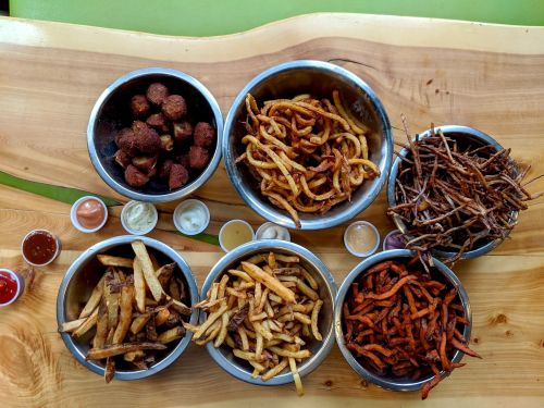 I ate at Idaho's fast-food chain that serves 6 kinds of potatoes, and it's heaven for fry fans