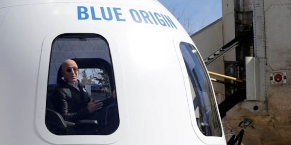 Jeff Bezos reportedly plans to charge at least $200,000 for rides to space next year