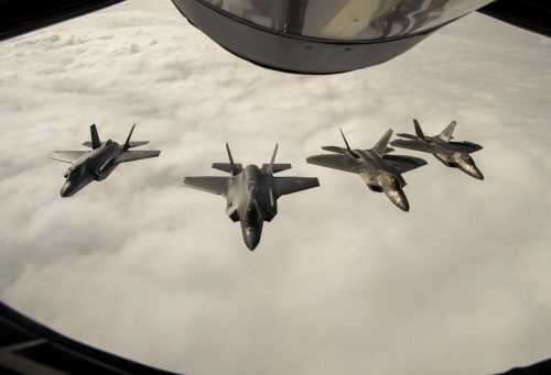 US F-22 Raptors just squared off against Norwegian F-35s in simulated dogfights