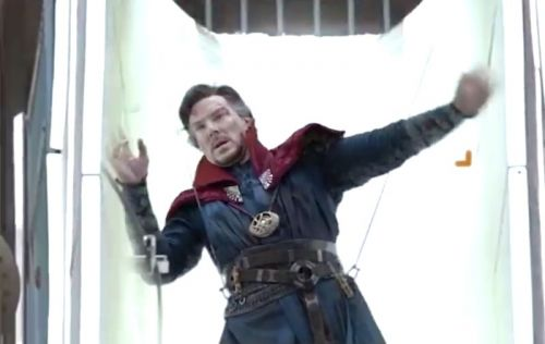 A guy merged behind-the-scenes shots of Doctor Strange into a water park - and it's the most hilarious 7 seconds you didn't know you needed