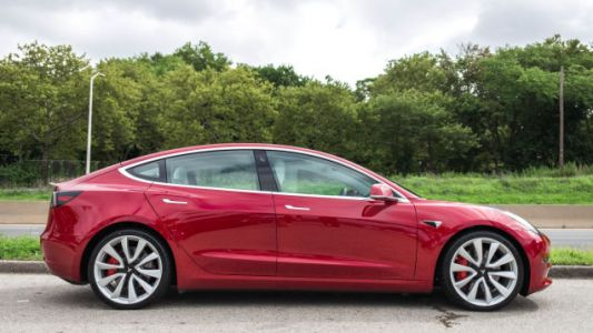 Tesla's $35,000 Model 3 Will Lose Money for the Automaker: Analyst