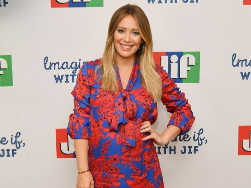Hilary Duff says she struggles to ignore mom-shaming on Instagram: 'Bullying seems to be at an all-time high right now'