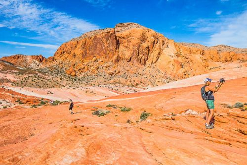 Exploring the Valley of Fire State Park - Best Day Trips from Las Vegas!