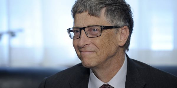 These are the 5 books Bill Gates recommends you read this summer
