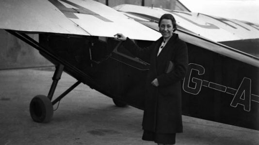 One Of Britain's Most Accomplished Female Pilots Worked For The RAF And Raced Cars On The Side