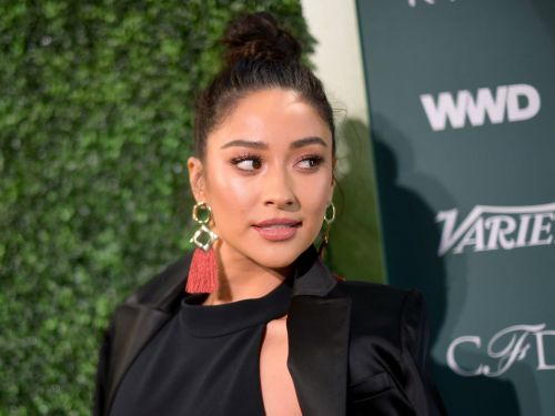 Pretty Little Liars' star Shay Mitchell responds to everyone who thinks she faked her vacation in Hong Kong: 'I was here'