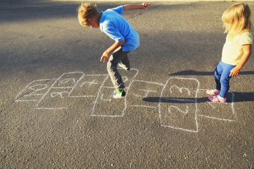 6 games for kids that will make them smarter