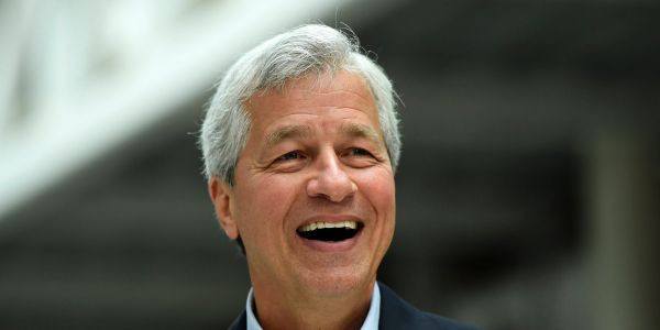JPMorgan's Q4 earnings smash Wall Street's targets - and the bank earned record revenue and net income in 2019