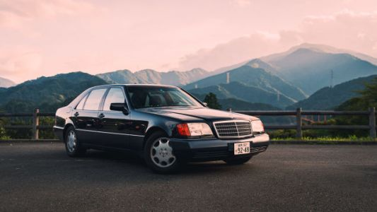 This Is What It's Like To Drive A Mercedes S600 With An F1 Exhaust