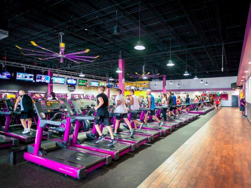 Planet Fitness customer tests positive for COVID, potentially exposing more than 200 people, health officials say