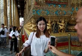 10,000 Chinese tourists invited to a feast in Thailand