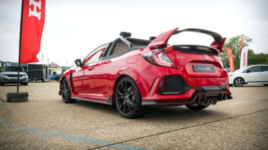 Here's A Closer Look At That Crazy Honda Civic Type R Pickup Truck