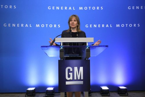 GM is issuing layoff notices for 5 US and Canadian factories - but over 1,000 workers are interested in relocating