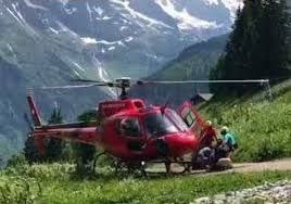 Cable car shuts down on Switzerland's James Bond mountain, 400 airlifted