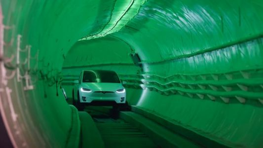 'Like Riding on a Dirt Road': First Reviews of Elon Musk's Underground Tunnel Are Disappointing