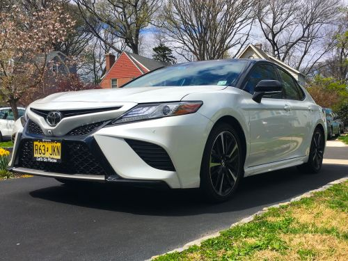 We drove a $39,000 Toyota Camry V6 to see why it's the best selling car in America - here's what we found
