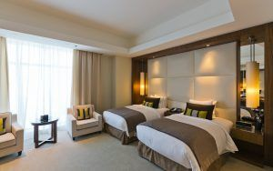 Hotel prices in Europe drop in August 2019, Madrid sees steepest fall; tHPI