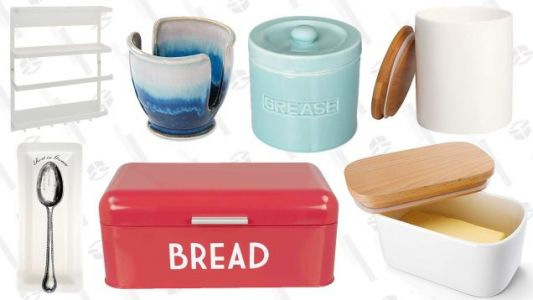 10 Very Useful, Very Pretty Things To Leave On Your Kitchen Counter