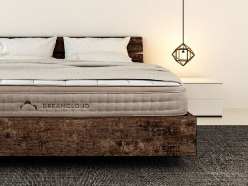 Not all beds in boxes were created equal, and here to prove that is the DreamCloud - I slept on the mattress and loved it