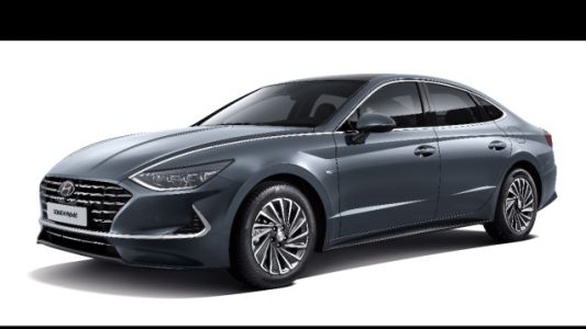 The 2020 Hyundai Sonata Hybrid Has a Solar Roof