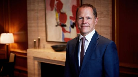 Four Seasons Hotel Prague Announces The Appointment of Martin Dell ad New General Manager