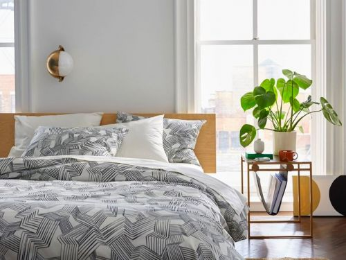 Brooklinen's Cyber Monday sale has already started - save 20% on bed sheet sets, towels, loungewear, candles, and more