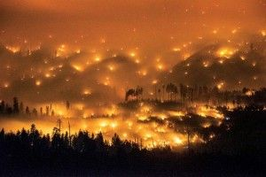 California wildfire touches Yosemite National Park; tourism deeply affected
