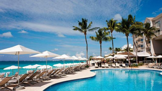 7 Ways to Escape the Everyday and Live Your Best Travel Life in the U.S., Caribbean and Beyond