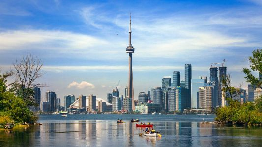 This Toronto Weekend Guide Is a 3-Day Dive Into the Best of the 6ix