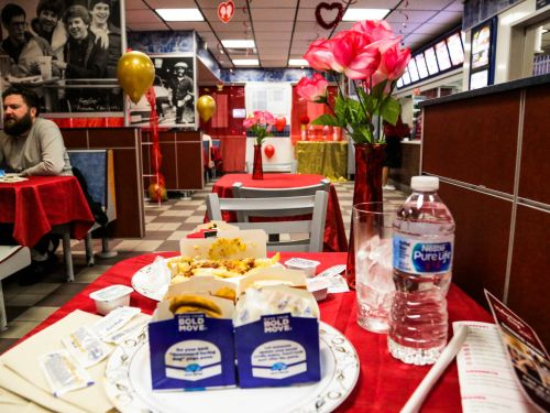I dined alone at White Castle for Valentine's Day, and saw why it's the most popular Valentine's Day event in the country